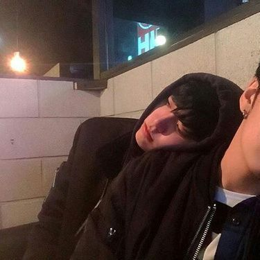liked by minhoyouknow and 329 othersleefelix ➥ binnie-hyung fell asleep on me and i don't know what to do 0