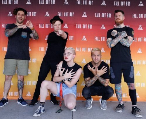Stuff only a fall out boy fan understands the meet and greets this image does not follow our content guidelines to continue publishing please remove it or upload a different image m4hsunfo Choice Image