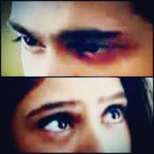 She could live in those eyes, forever!! And, he could build their heaven around those beautiful magnets!!