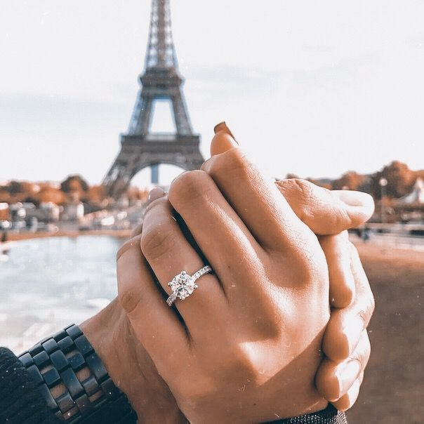 claireshepherd- another spontaneous trip to paris (on sebastians behalf this time) led to him asking me to marry him